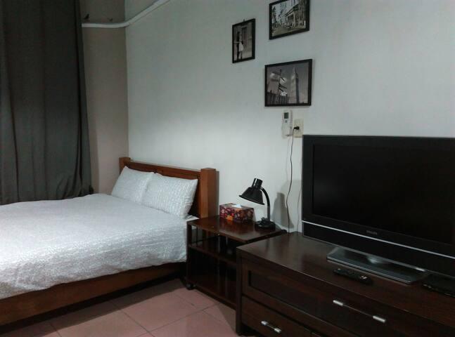 台南短旅行透天一樓/一臥室一衛浴室