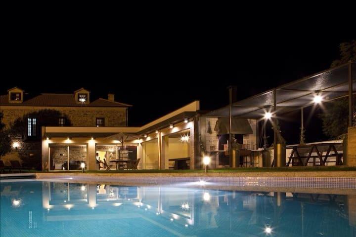 Quinta com piscina aquecida - Valenca do Minho - Huis