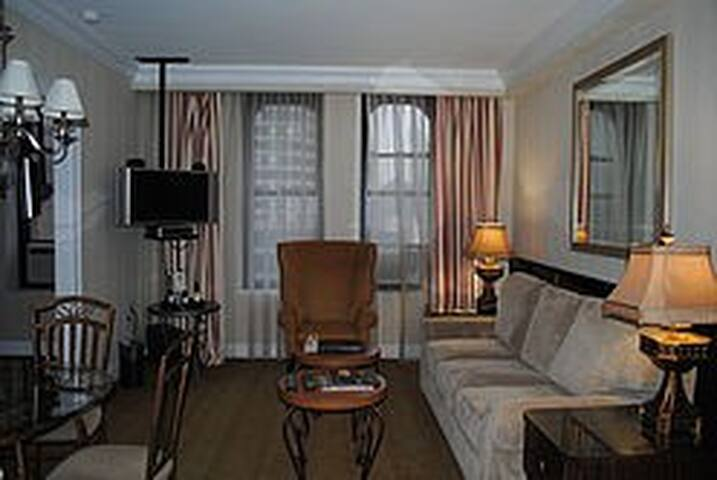 Penthouse Suite at the Manhattan Club, NYC