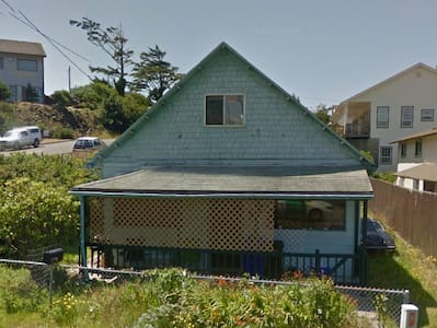 Ocean Cottage, Walking Distance to Rogue Brewery - Newport