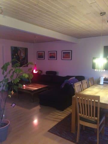 Hyggeligt rækkehus tæt ved Aalborg