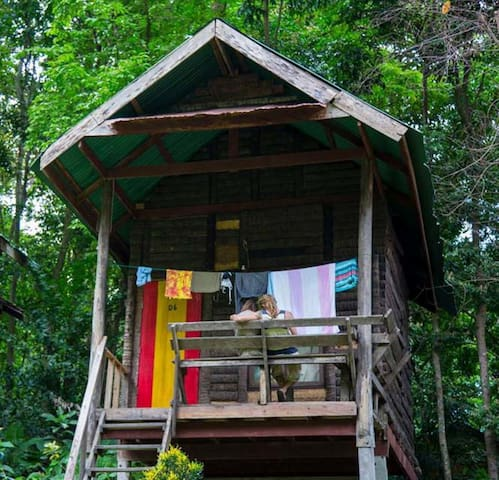 Chillout Bungalows (2), Tonsai Beach - Krabi Thailand - Hut