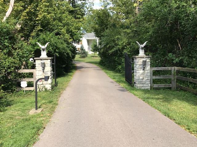 The Cincinnati Hideaway