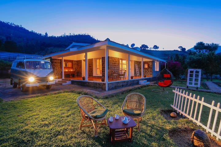 The Grape Escape - A Hillside Vineyard Staycation