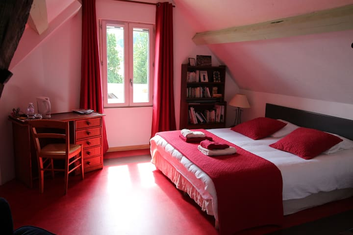 Spacious rooms in company of books  - Caudebec-en-Caux