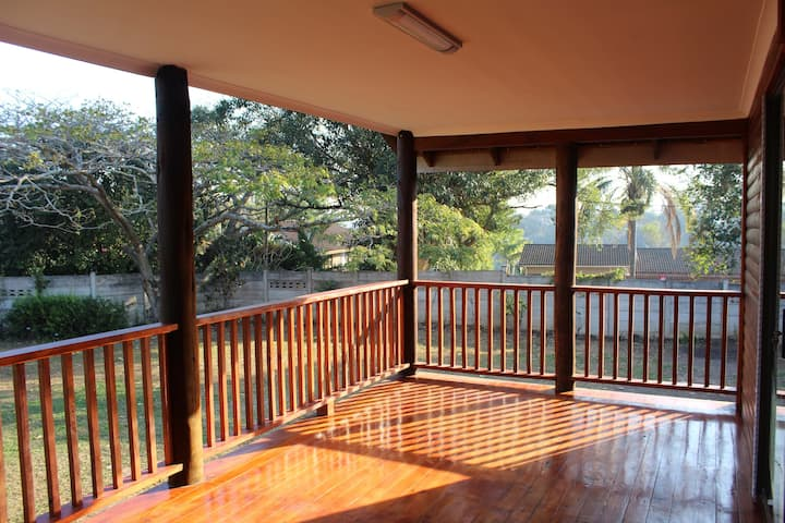 Laudin's View Self Catering Family Cabin
