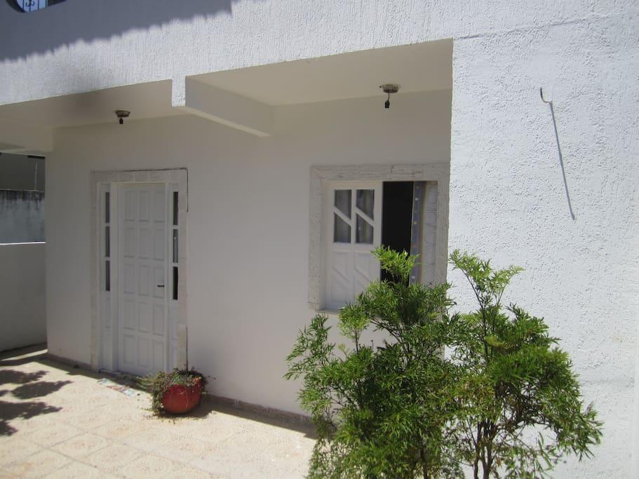 Apartamento térreo fachada
