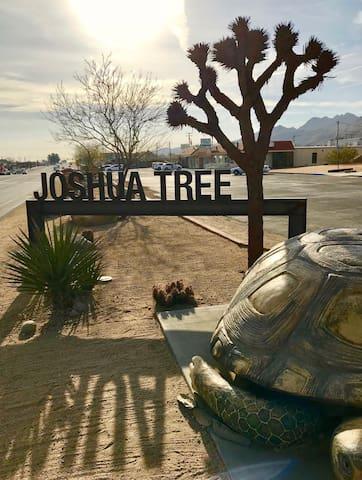 Joshua Tree's Highland Hideaway