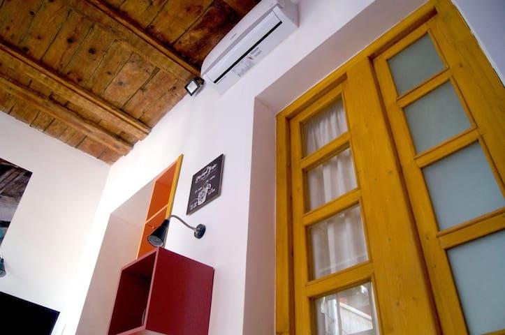 Cozy apartment  Tbilisi