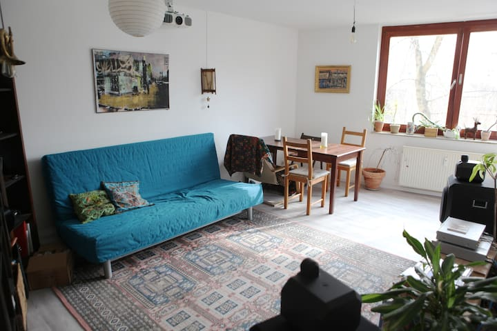 Cosy apartment, quiet location near Friedrichshain - Berlim - Apartamento
