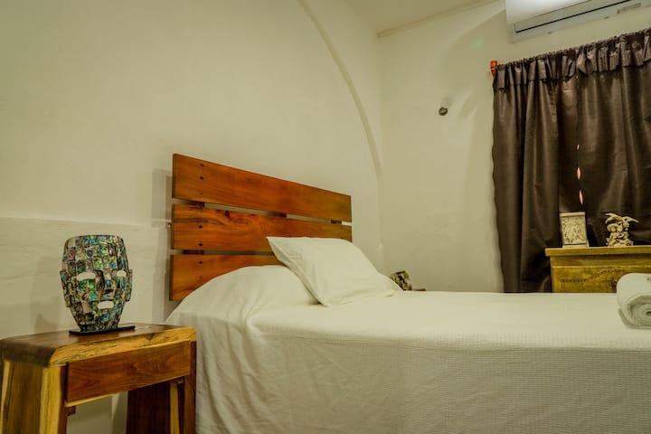 Casa Amaya-Habitacion Priv Con Wifi y Tv.