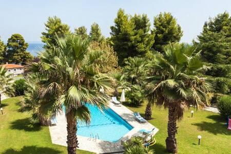 Cozy Lux Pool House, Kriopigi (3BD) - Kriopigi