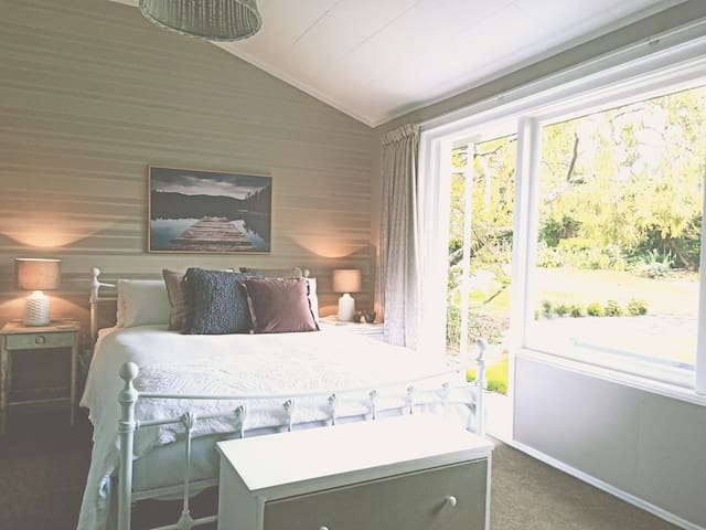Swallows Nest - Discounted! Self-contained luxury