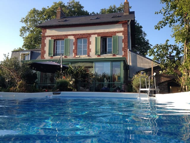 Maison de charme 1900, calme et ensoleillée. - Cabourg - Radhus