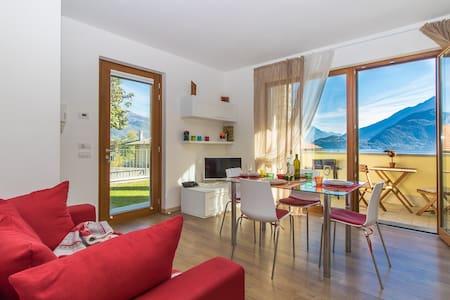 Magnolia Musso View Lake Como