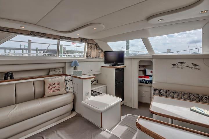 Private Yacht on Charleston Harbor Close Downtown - Charleston - Barco