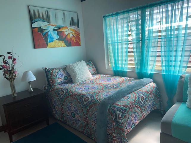 Abba Ganja Escape  sensation room will give you sweet sensation sleep on a memory foam quality bed. Sleep better than you ever did and don't settle for anything less.