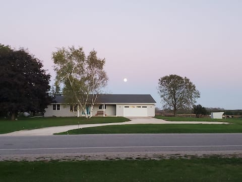 3-Bedroom House with Attached Garage