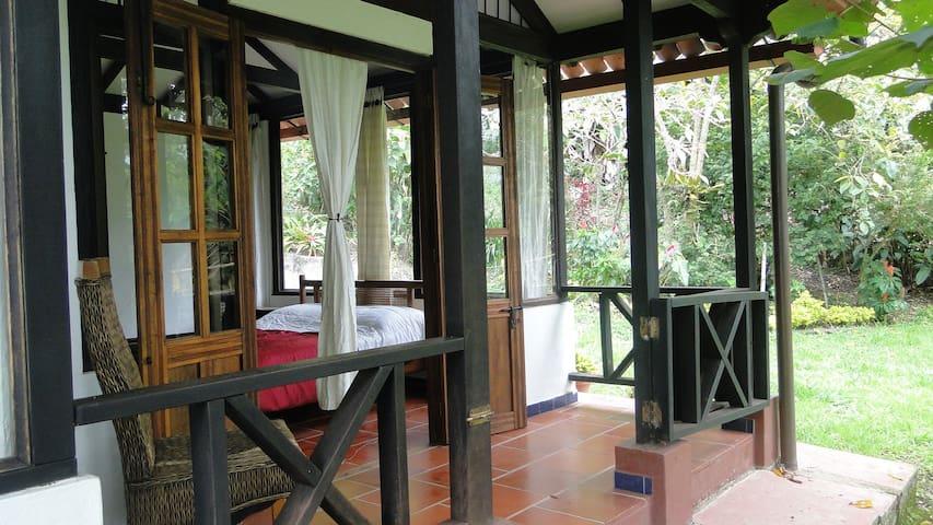 Tranquil Eco-Villa  El Mirador - San Francisco - Haus