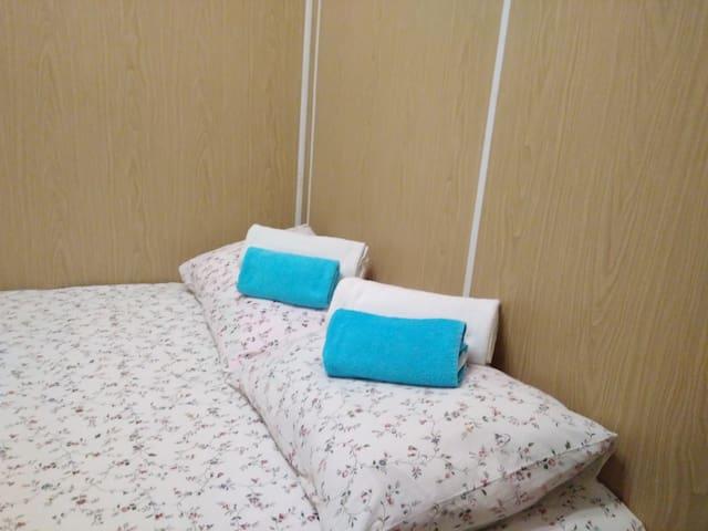 Отдельная комната для двоих в самом центре Москвы