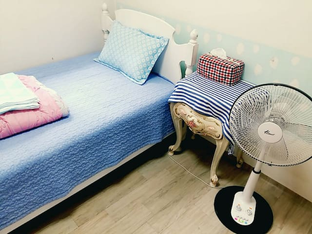 Clean room with friendly family :) - Bupyeong-gu