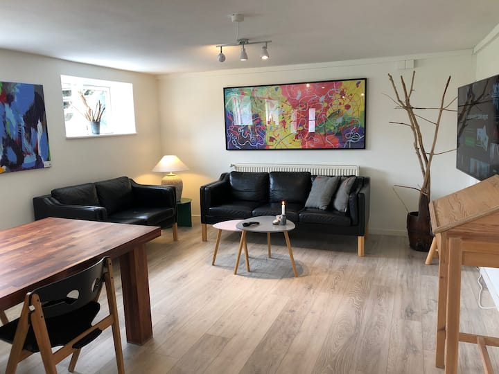 Charmerende nyistandsat lejlighed på 104 m2