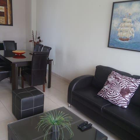 Acogedor y Espacioso Departamento Amueblado - Cuernavaca - Flat