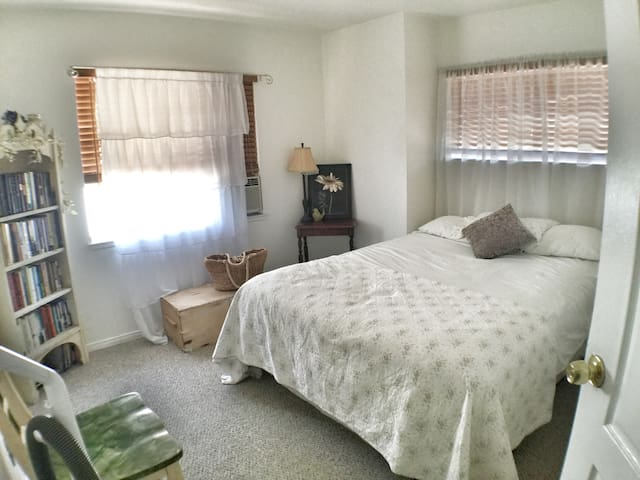 Beautiful Castaic private room #3 - Castaic - Huis