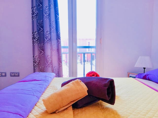 Room with private bathroom / Corralejo/pool &WiFi