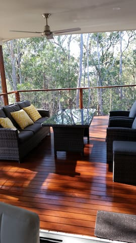 Modern home near shops, Gold Coast and Brisbane - Shailer Park - Hus