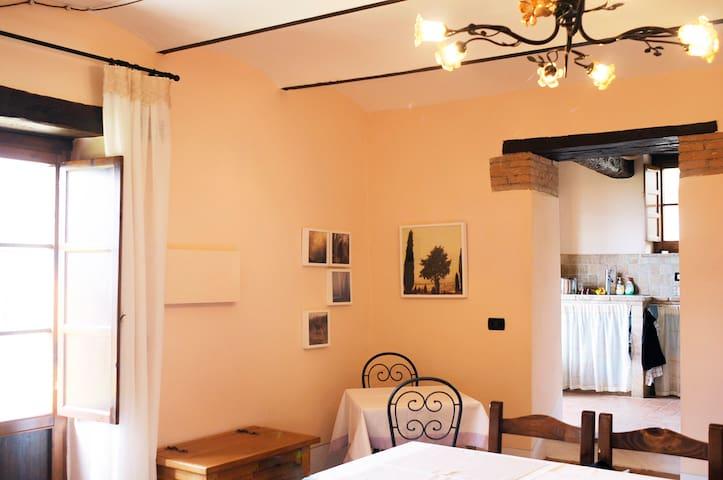 """Cottage """"Fico"""" in Borgo Grillo"""