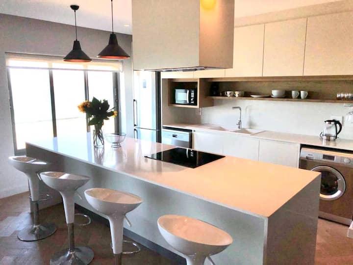 Luxury sea-view apartment