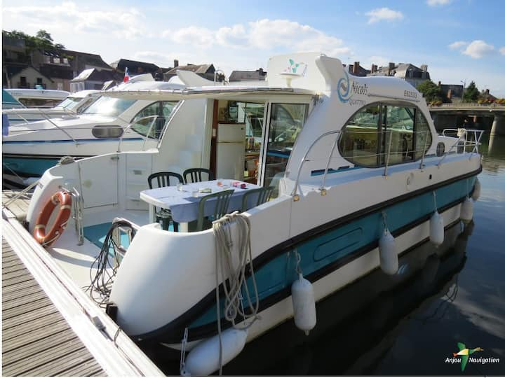 Free licence Boat Nicols Quattro :2 to 6 persons
