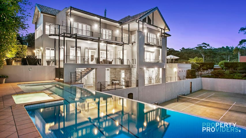 PROS - Clifton Imperial Super Luxury Home
