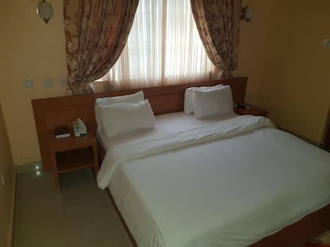 Ozom Hotel - Royal Suite