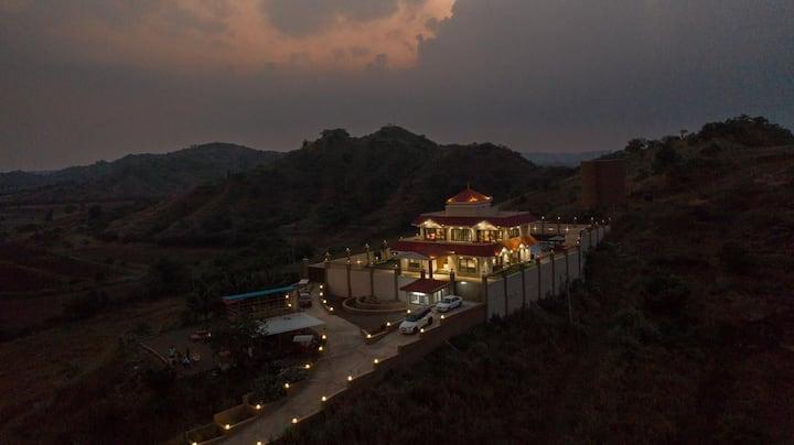 Luxurious Villa- Site for Fauna & Asiatic Lion