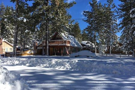Cozy & Spacious Cabin - Big Bear - Kabin