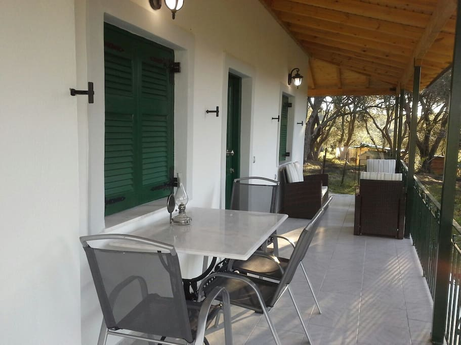 Shady furnished verandah's for dining and relaxing.