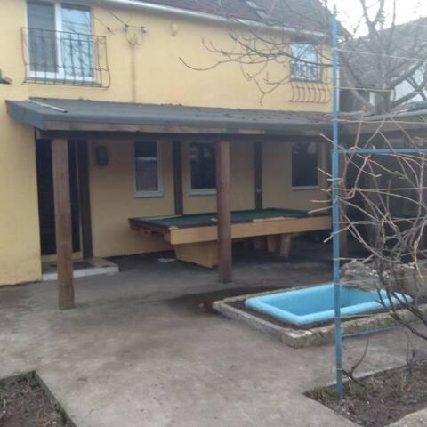 Сдаю дом возле озера на природе - Kiev - Hus