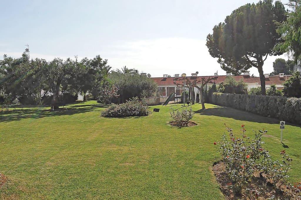 vista terraza jardin comunitario