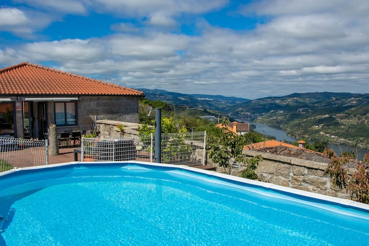 Villa with 3 bedrooms in Douro, with wonderful mountain view, private pool and enclosed garden - 3 km from the beach