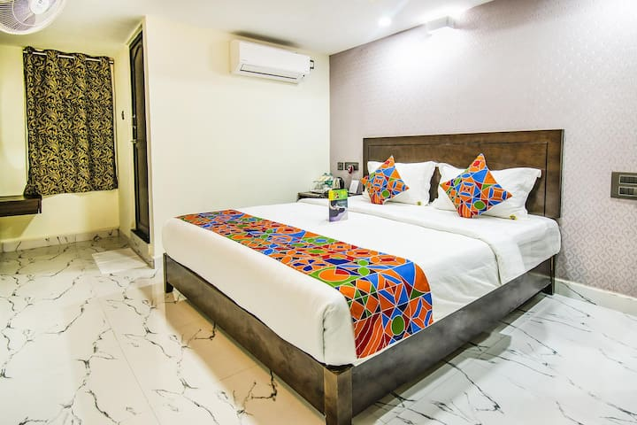Spacious Deluxe Rooms near Vellore Railway Station *Prime Location*