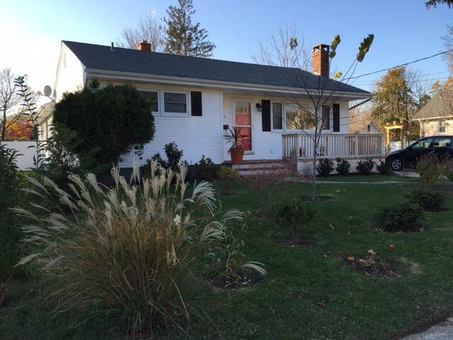 Cozy village home - Greenport - Hus