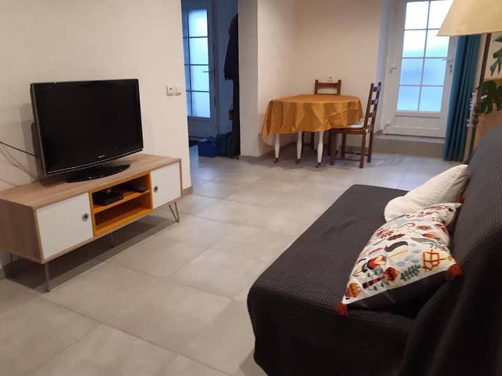 Beau T1  confortable 2 pers de 55 m² accès PMR