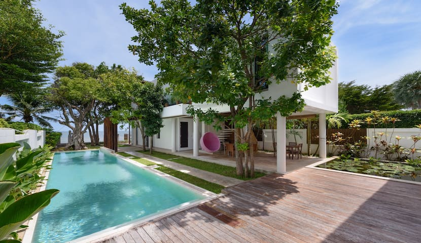 PRANBURI Beach View Exclusive Pool Villa