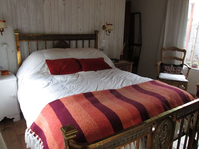 Lovely room surrounded by trees - Mar Azul - Bed & Breakfast