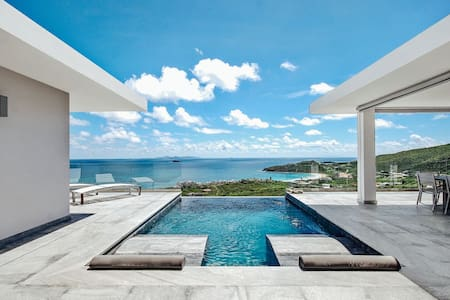 Villa Crystal; Exceptional.....with Stunning Views