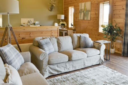 Pheasant Lodge Luxury & rural - Rothbury