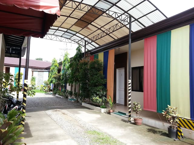 Gardenville Suites Bed & Breakfast - Dipolog City