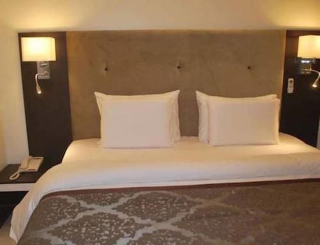 Lakeem Suites Ikoyi -Diplomatic Suite